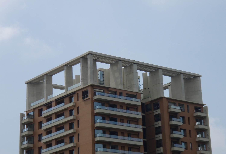 台中大樓屋頂隔柵
